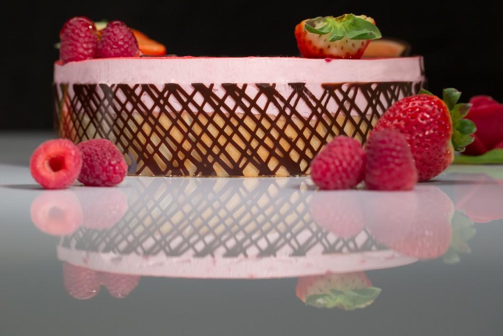 Entremet mousse fraise et ses framboises gateau de mariage thierry Voegtling