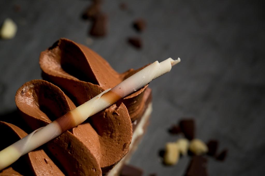 Mousse trois chocolats mousse chocolat blanc au lait et noir patisserie et salon de the de Bouxwiller